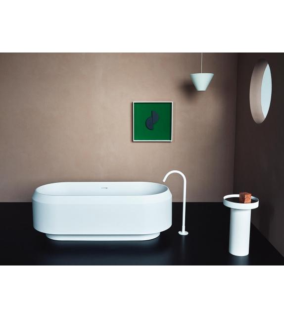 Lariana Agape Bathtub