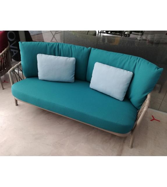 erica b b italia canap outdoor milia shop. Black Bedroom Furniture Sets. Home Design Ideas