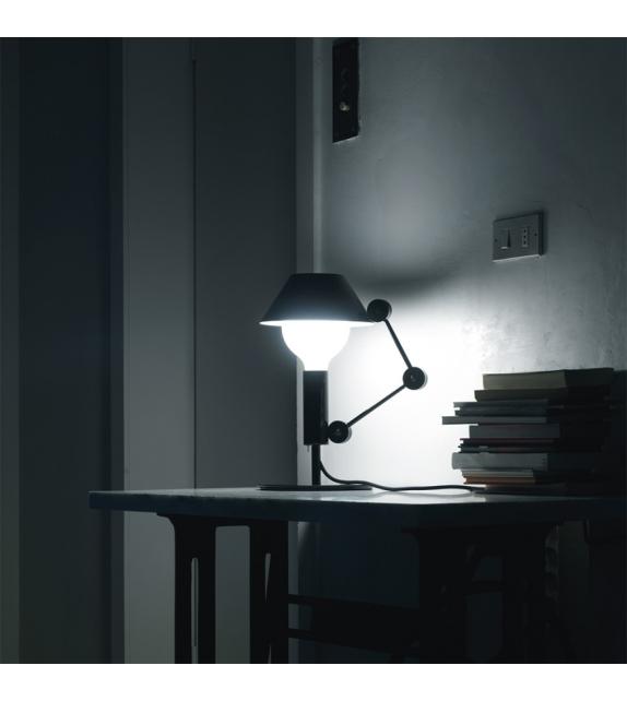 MR. Light short