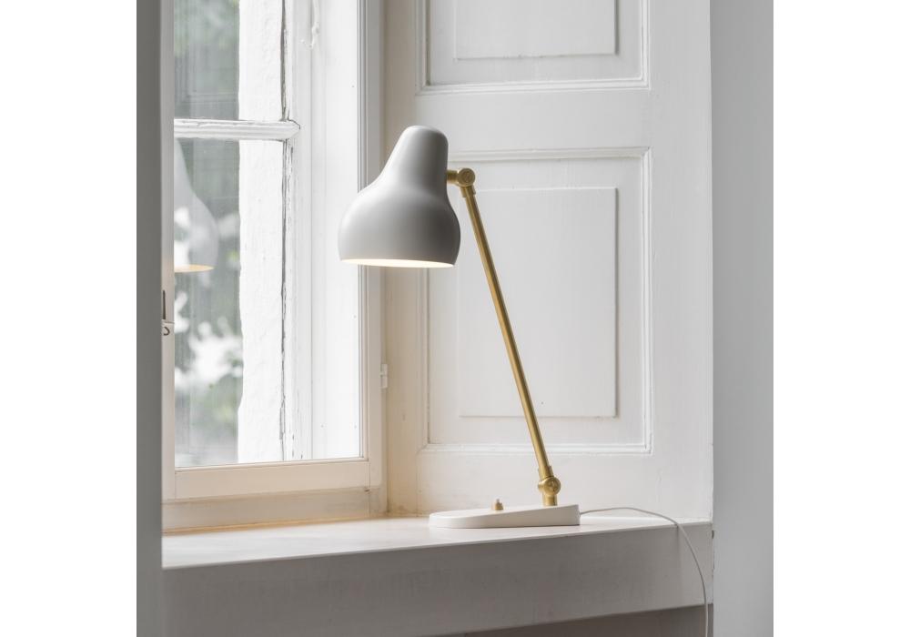 vl38 louis poulsen lampe de table milia shop. Black Bedroom Furniture Sets. Home Design Ideas