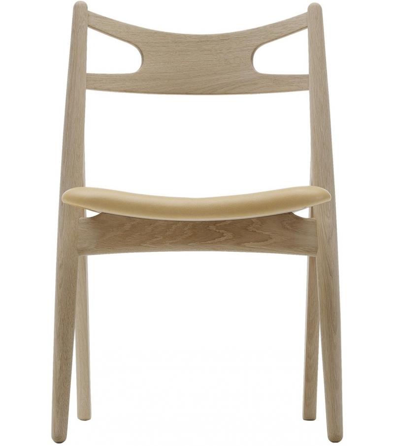 ch29 sawbuck carl hansen s n stuhl milia shop. Black Bedroom Furniture Sets. Home Design Ideas