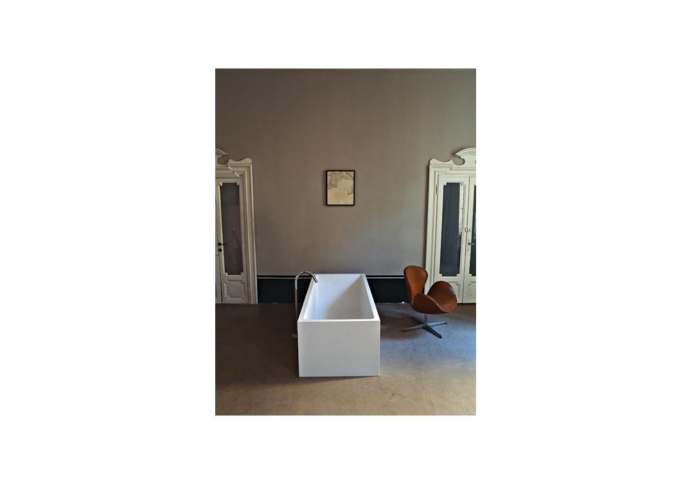 Vasca Da Bagno Libera Installazione Prezzi : Cartesio agape vasca da bagno milia shop