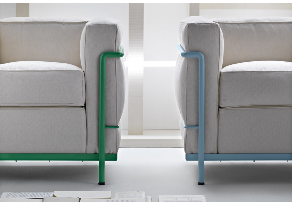lc2 three seater sofa cassina milia shop. Black Bedroom Furniture Sets. Home Design Ideas