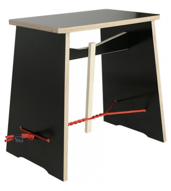 Strammer Max Moormann Side Table