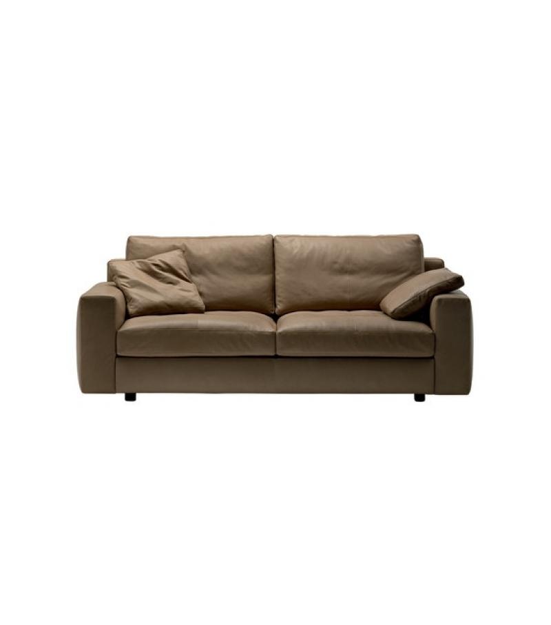 massimosistema canap large 2 places poltrona frau milia. Black Bedroom Furniture Sets. Home Design Ideas