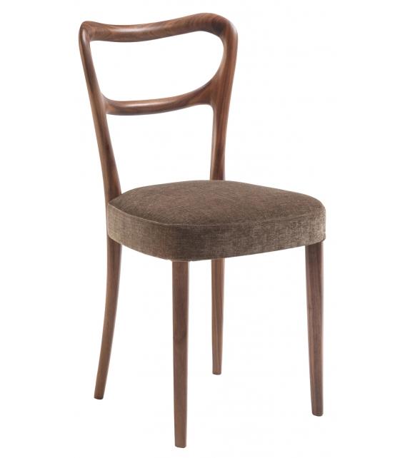Noemi Porada Chair