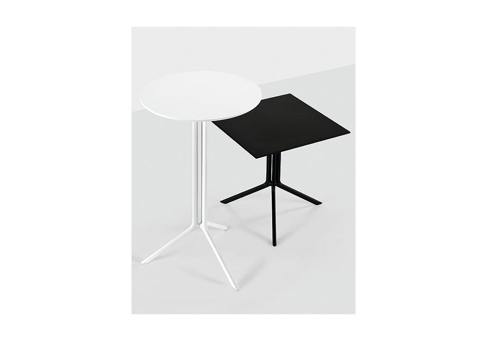 Tavolino Con Zampe Di Gallina Prezzo.Poule Tavolo Quadrato Kristalia Milia Shop