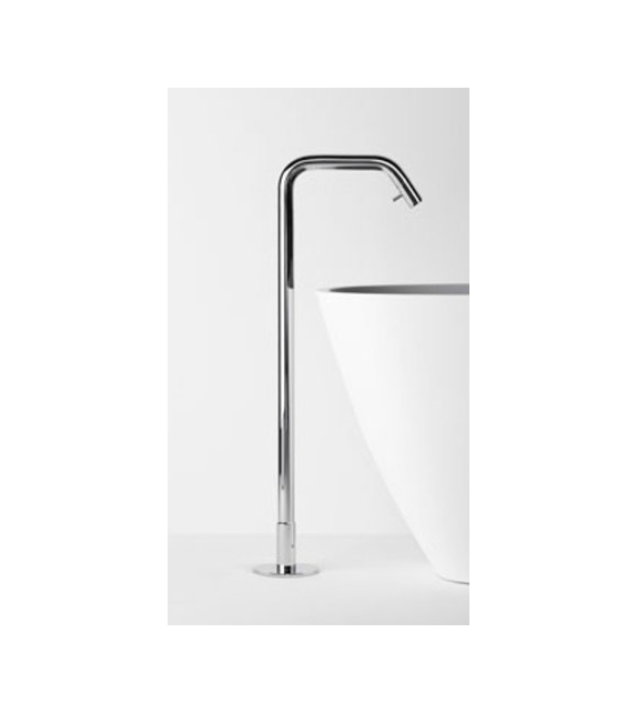 Memory Agape Floor Standing Spout