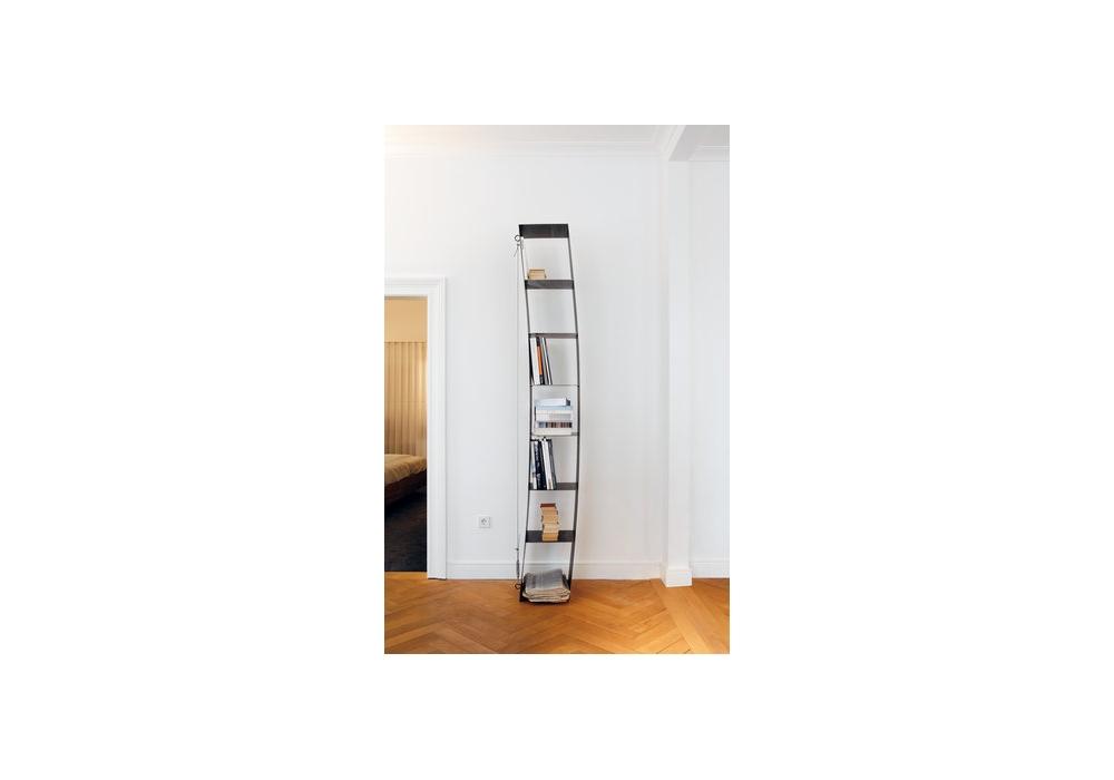 gaspanntes regal milia shop. Black Bedroom Furniture Sets. Home Design Ideas