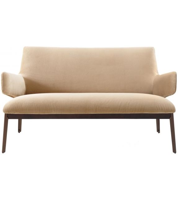 Hug Love Seat Sofa Arflex
