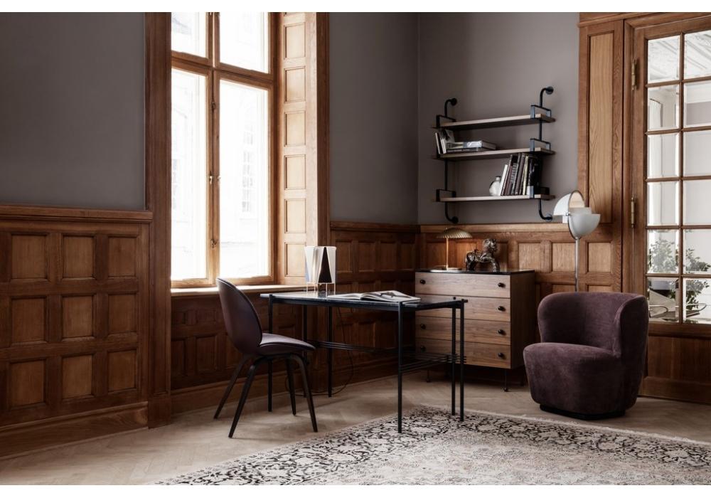 b 4 gubi lampe de table milia shop. Black Bedroom Furniture Sets. Home Design Ideas