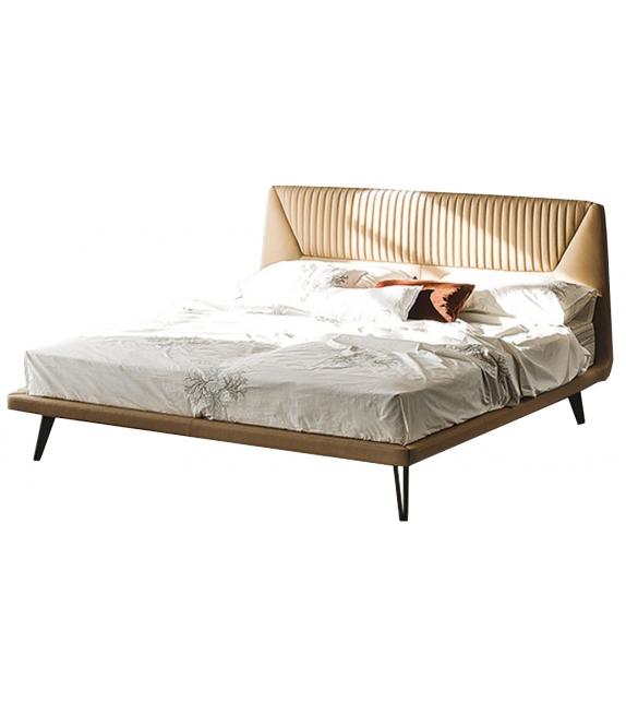 Amadeus Cattelan Italia Bed