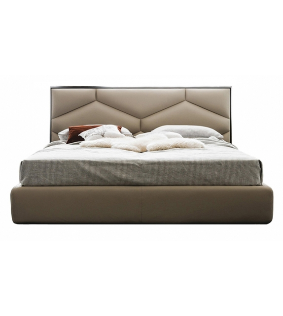 Edward Cattelan Italia Bed