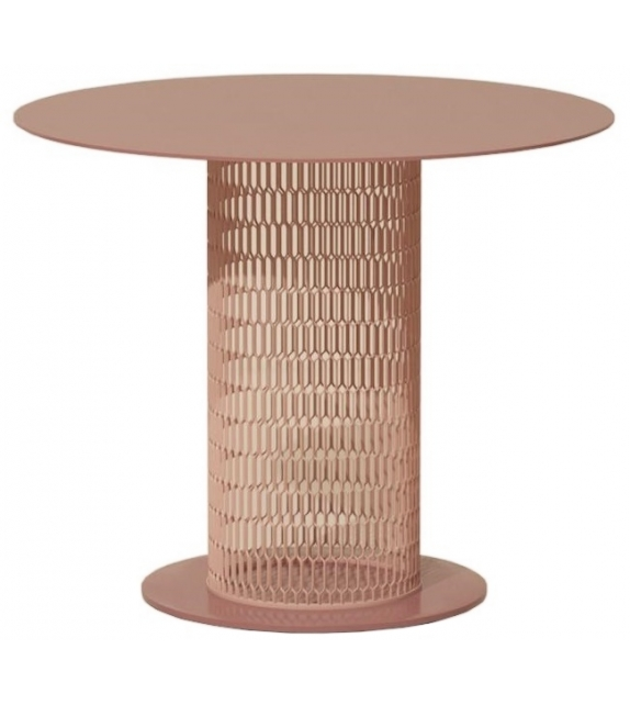 Mesh Kettal Table