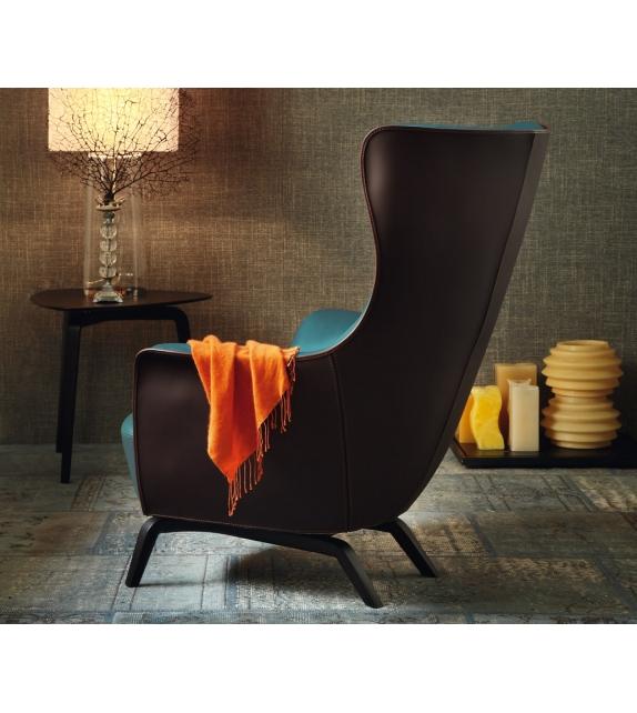 mamy blue fauteuil poltrona frau milia shop. Black Bedroom Furniture Sets. Home Design Ideas