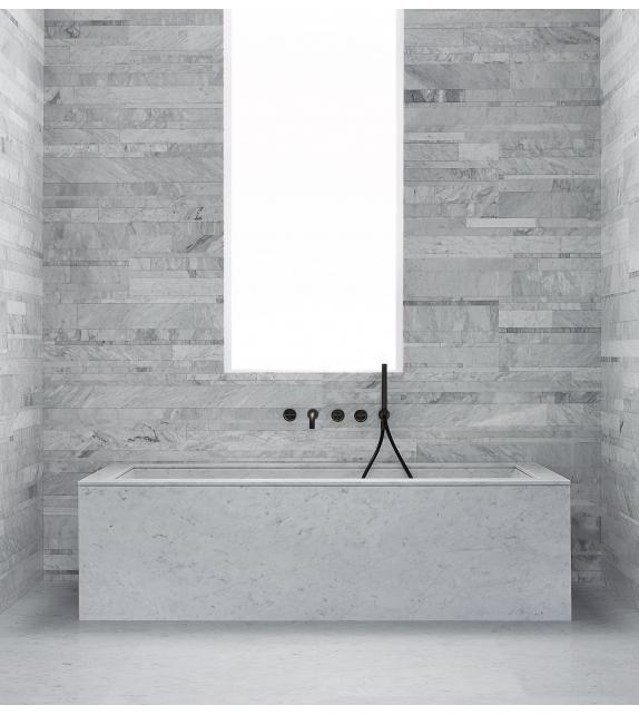 Oyster Salvatori Bathtub