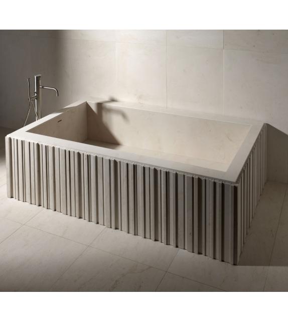 Ishiburo Salvatori Bathtub