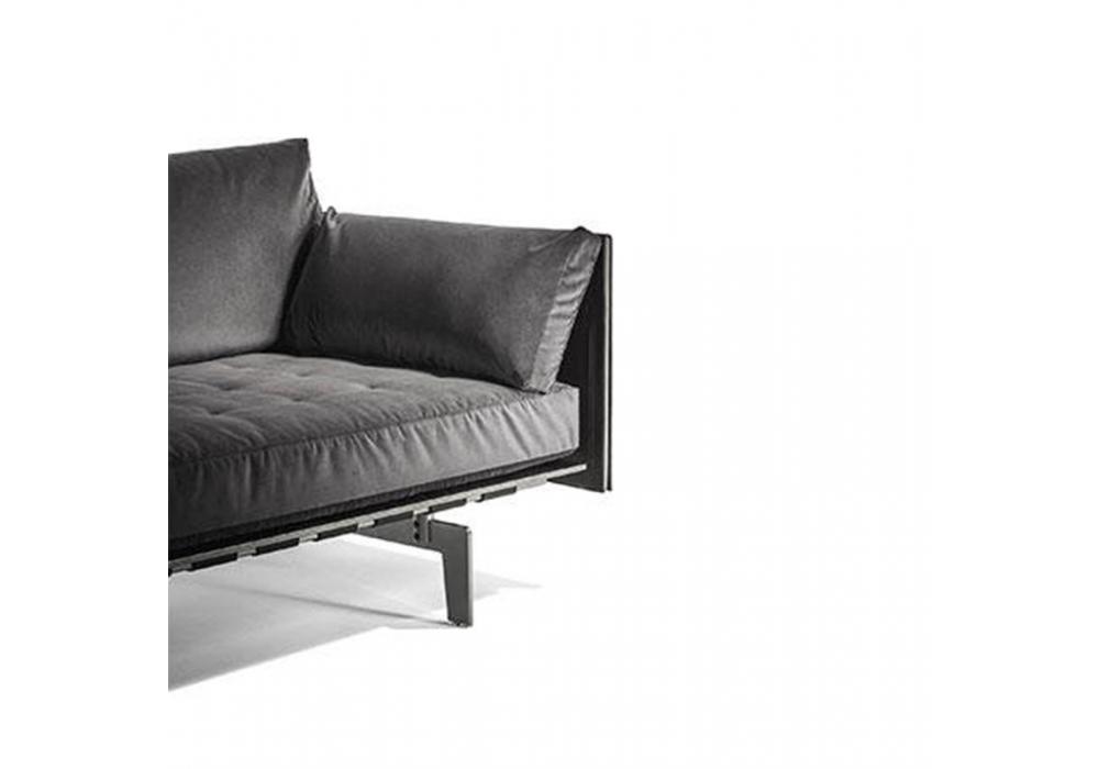 clayton poltrona frau canap milia shop. Black Bedroom Furniture Sets. Home Design Ideas
