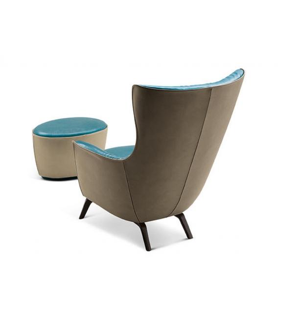 mamy blue pouf poltrona frau milia shop. Black Bedroom Furniture Sets. Home Design Ideas