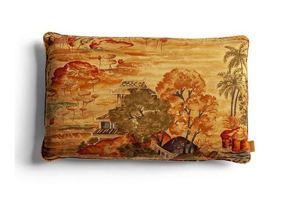 I cuscini decorativi poltrona frau cushion milia shop - Cuscini decorativi ...