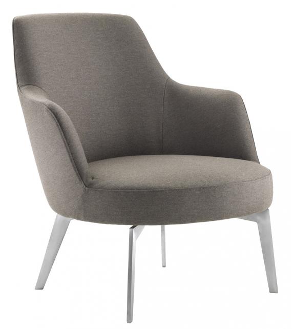 Hera Flexform Armchair with Metal Legs