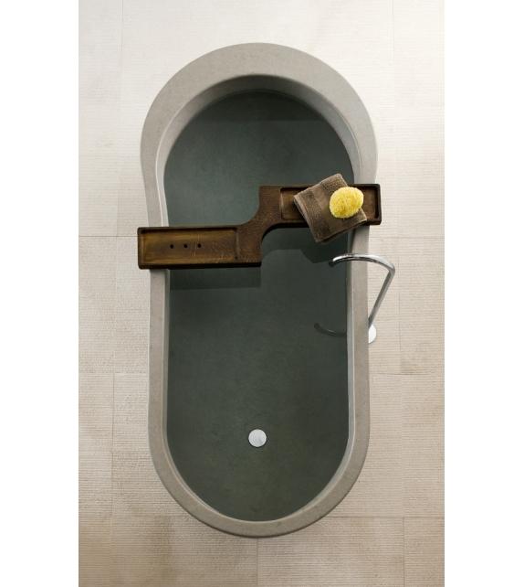 Neutra Alone Bathtub