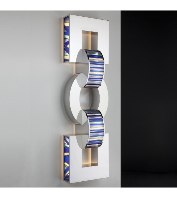 Ruby Quasar Wall Lamp