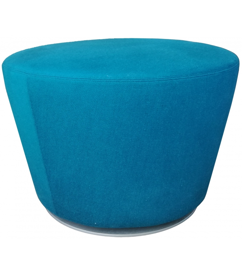 in ausstellung b b italia harbor pouf milia shop. Black Bedroom Furniture Sets. Home Design Ideas