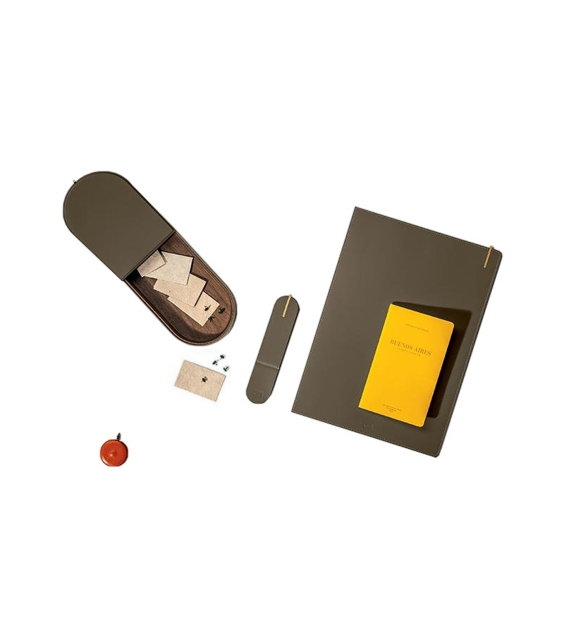 Gli Oggetti - Zhuang Poltrona Frau Desk Kit