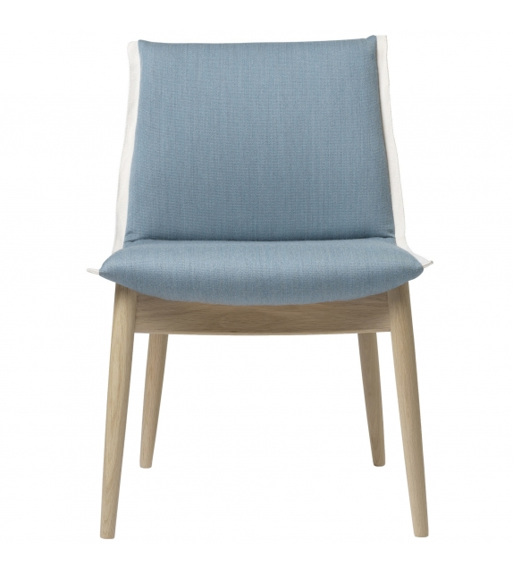 E004 Embrace Carl Hansen & Søn Chair