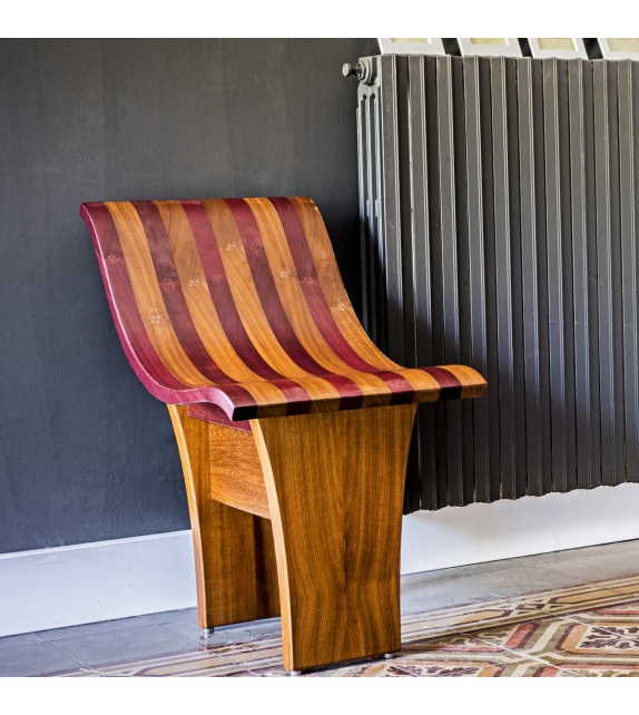 Karékla Ornythos Chair