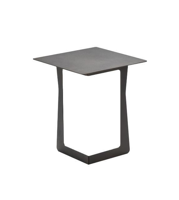 Nicoline Shiny Coffee Table