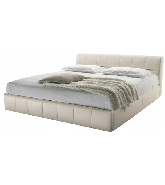 Nicoline Bric Bed