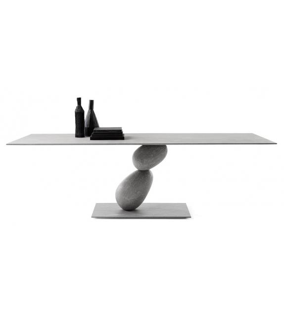 Matera Mogg Tisch