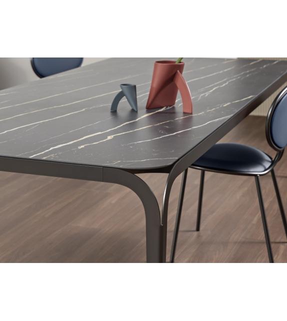 Delta Bonaldo Table