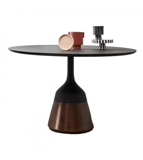 Coin Wendelbo Table