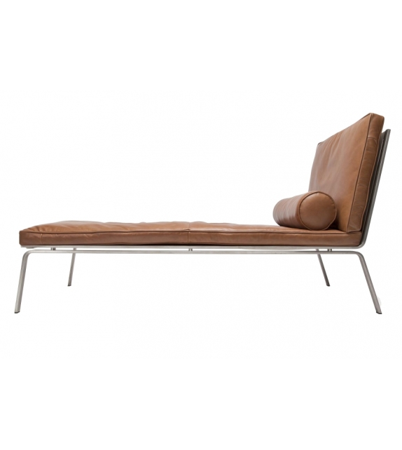 Norr11 Man Chaise Lounge