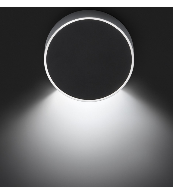 Vibia: Alpha Round Wall Lamp