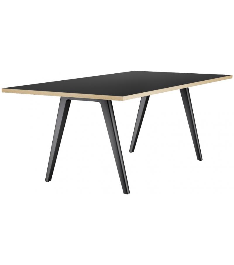 1500 Thonet Table