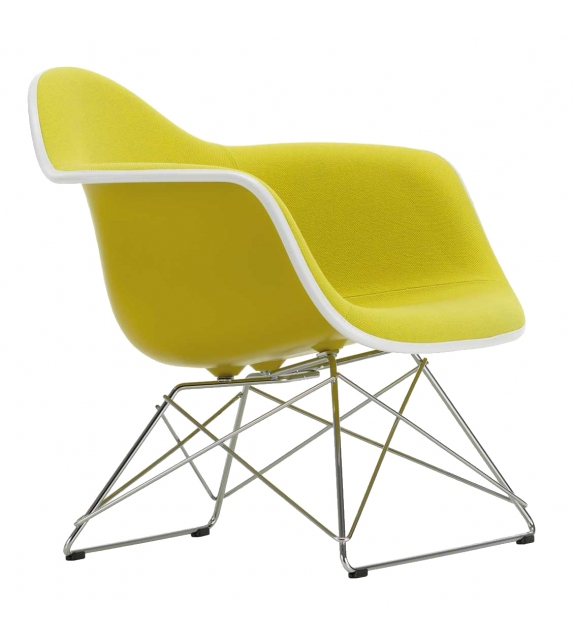 Eames Plastic Armchair LAR with cushion Vitra