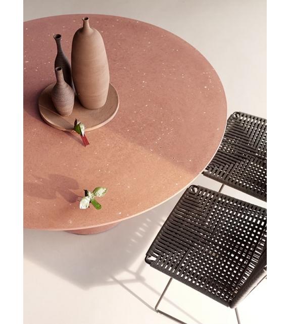 Rock Table MDF Italia Outdoor Tisch