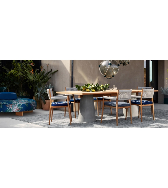 Ready for shipping - Dine Out Cassina Table