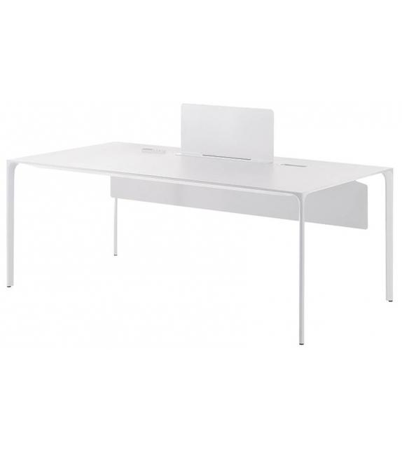 Nuur Office Arper Tisch