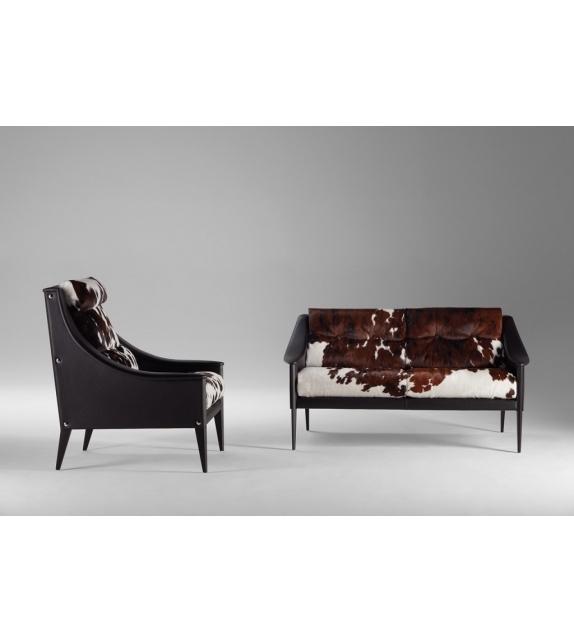 dezza canap 24 poltrona frau milia shop. Black Bedroom Furniture Sets. Home Design Ideas