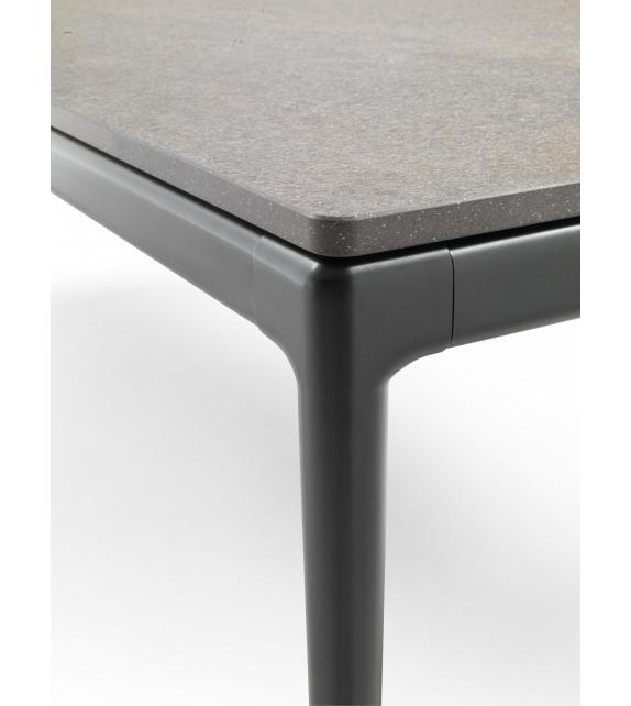 Pico Outdoor Flexform Table