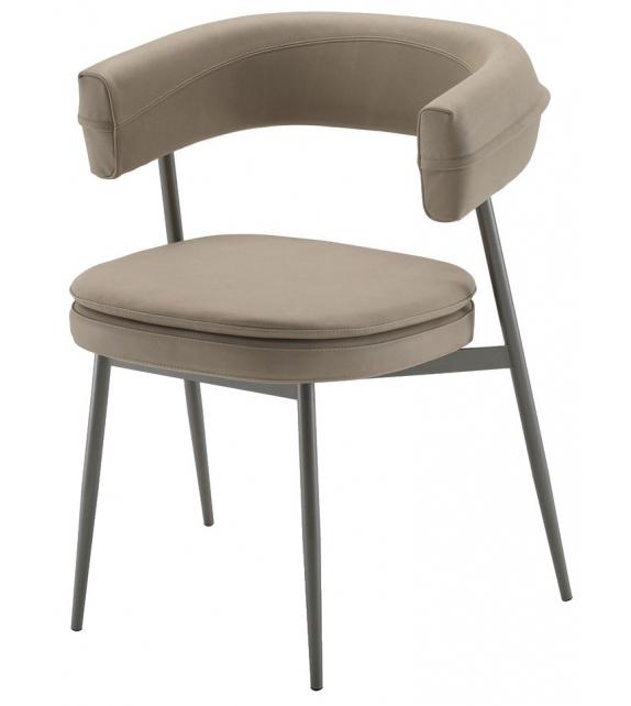 2262 Nena Zanotta Chair