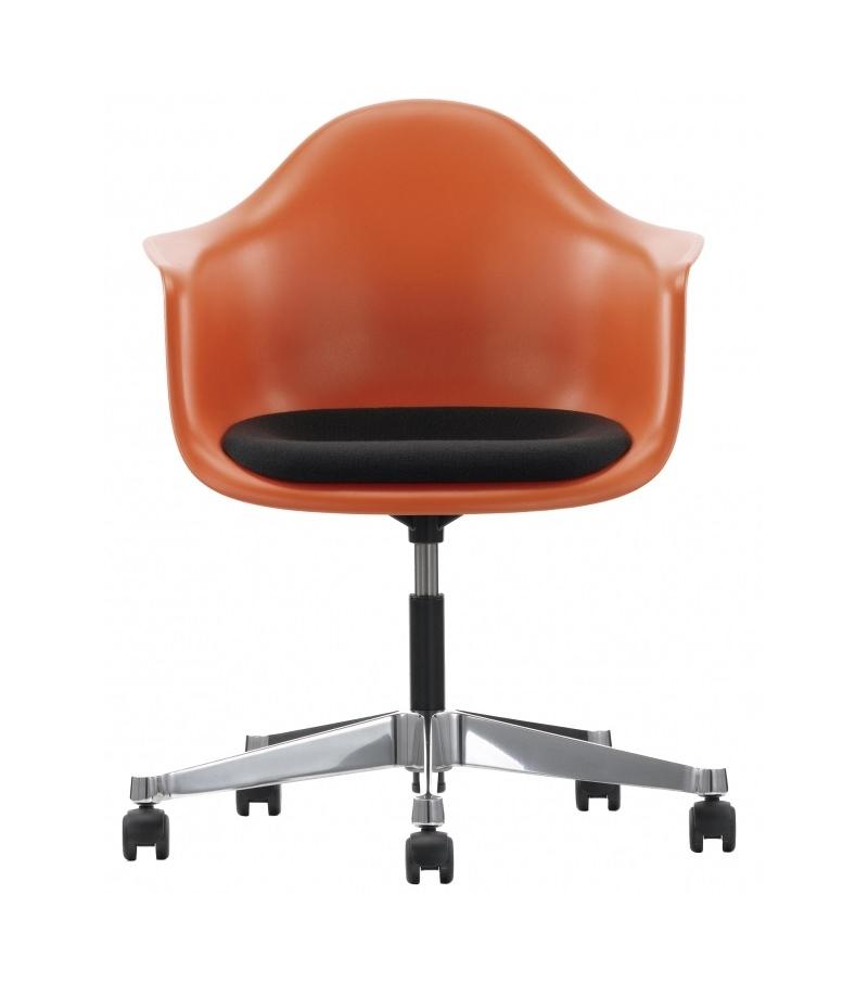 Eames Plastic Armchair PACC Swivel Chair With Cushion Vitra
