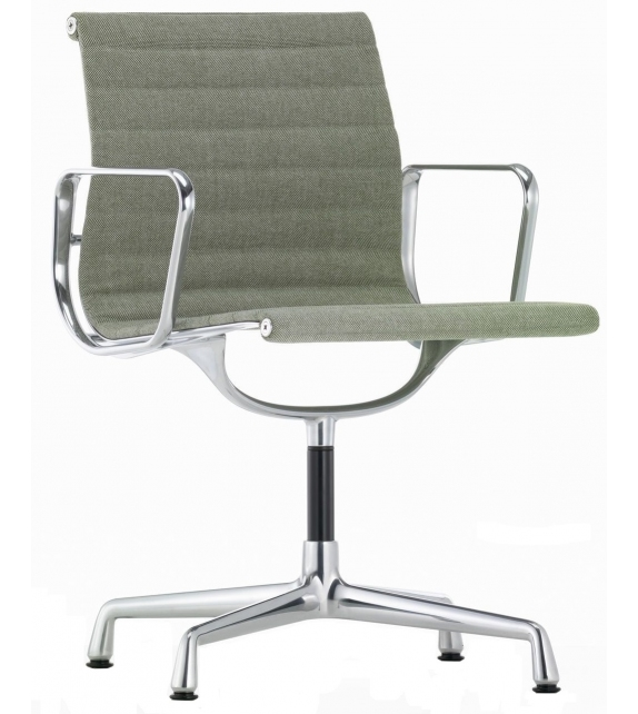EA 103 Chaise Vitra