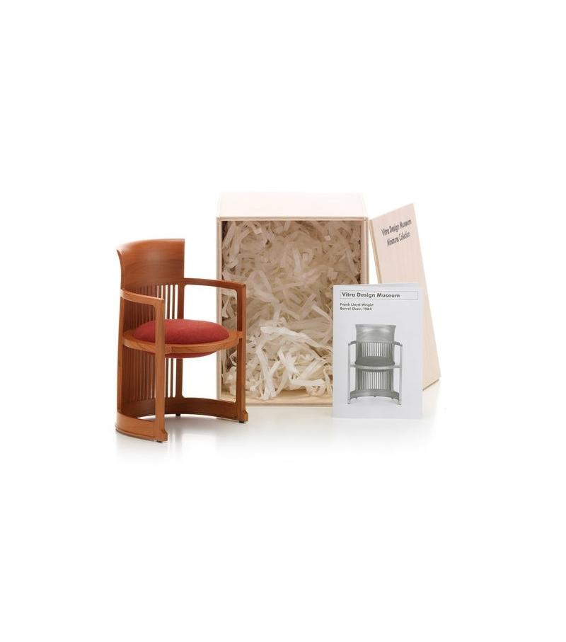 Barrel chair miniature, Frank Lloyd Wright