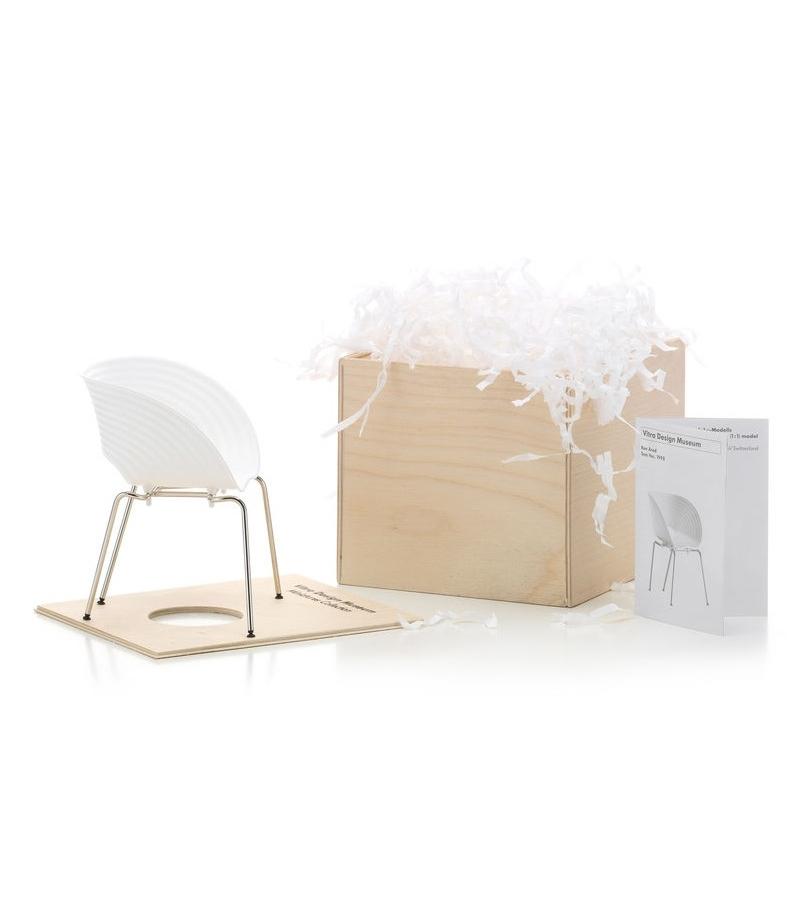 Miniature Tom Vac chair, Arad